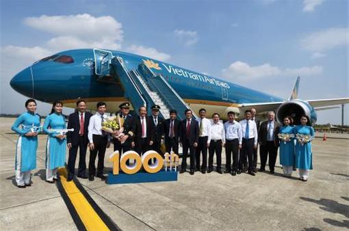 Vietnam Airlines đón tàu bay thứ 100, hướng tới mục tiêu 5 sao