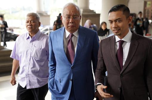 Cựu Thủ tướng Malaysia Razak bị cáo buộc âm mưu chiếm đoạt quỹ nhà nước