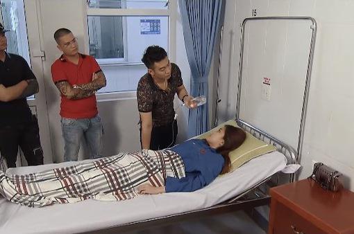 Hoa hồng trên ngực trái - Tập 29: Lẩn trốn bao lâu, cuối cùng Trà cũng bị Giang tìm tận giường bệnh tính sổ