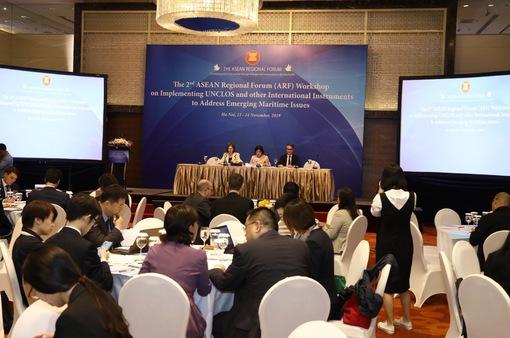 Thực thi các văn kiện quốc tế ứng phó thách thức trên biển