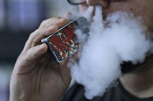 Philippines cấm bán và sử dụng thuốc lá điện tử