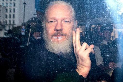 Thụy Điển chấm dứt điều tra Julian Assange