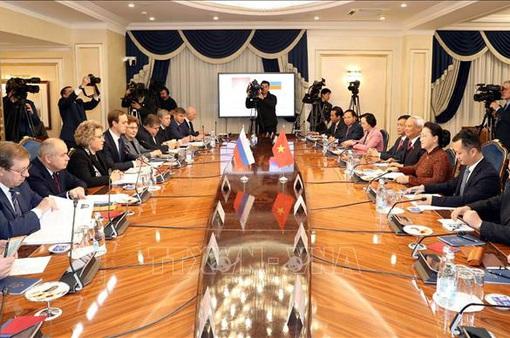 Việt Nam luôn coi trọng quan hệ với Liên bang Nga