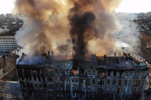 Cháy nghiêm trọng tại Ukraine, 1 người thiệt mạng, 14 người mất tích