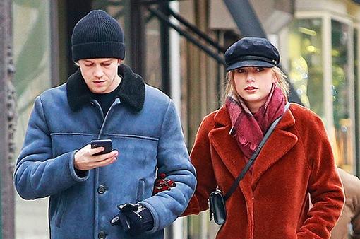 Sau 3 năm, Taylor Swift hạnh phúc hơn bên bạn trai