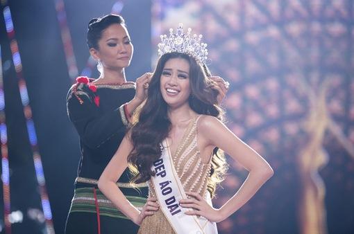 Xem lại Chung kết Hoa hậu Hoàn vũ Việt Nam 2019
