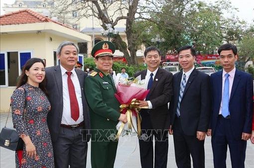 Đại tướng Ngô Xuân Lịch kiểm tra công tác tuyển quân năm 2019 tại thị xã Sơn Tây