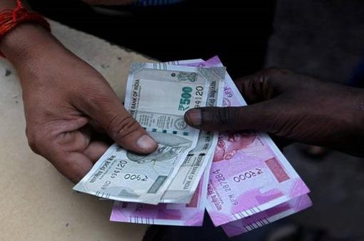 Ấn Độ áp thuế 200% với hàng hóa Pakistan