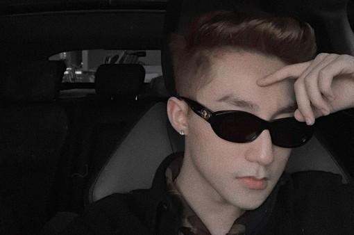 """Sơn Tùng M-TP tung ảnh mới """"chất lừ"""" khiến fan điêu đứng"""