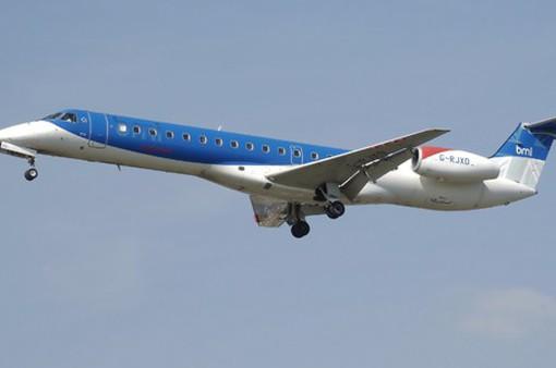 Hãng hàng không Flybmi xin phá sản vì giá nhiên liệu cao