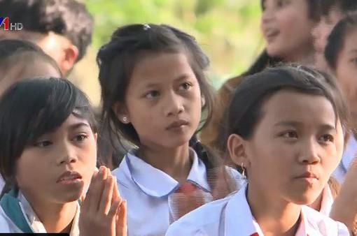 Quảng Ngãi: Nỗ lực vận động học sinh trở lại trường sau Tết