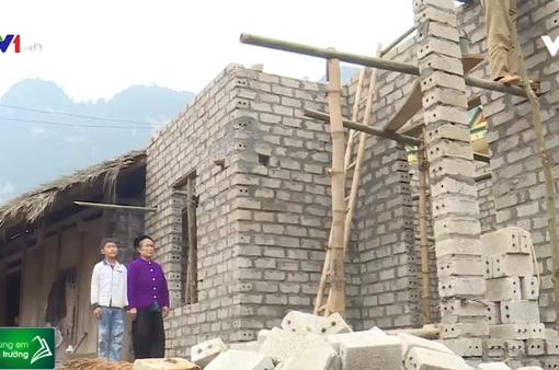 Hỗ trợ sửa nhà cho người dân nghèo vùng cao tỉnh Tuyên Quang