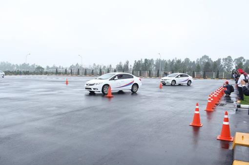 Kiểm soát lái xe: Không thể chỉ đặt trách nhiệm lên các doanh nghiệp vận tải