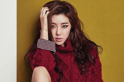 Park Han Byul đã hoàn tất thẩm vấn của cảnh sát liên quan đến vụ Seungri