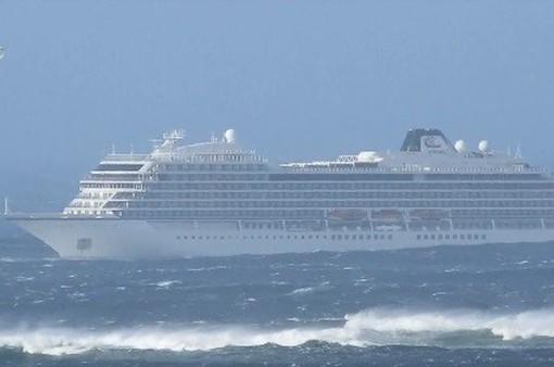 Sơ tán khách khỏi tàu du lịch bị hỏng máy ngoài khơi Na Uy