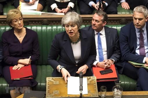 Chính phủ Anh trì hoãn bỏ phiếu thỏa thuận Brexit lần 3
