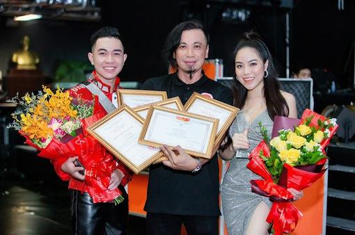 """Mai Diệu Ly cùng ban nhạc Phương Đông giành """"mưa"""" giải thưởng tại Liên hoan các Ban nhạc 2019"""