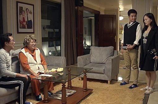 Nàng dâu order - Tập 5: Cùng chồng đi dự tiệc, Yến (Lan Phương) bị bà nội chồng xỉa xói vì ăn mặc gợi cảm
