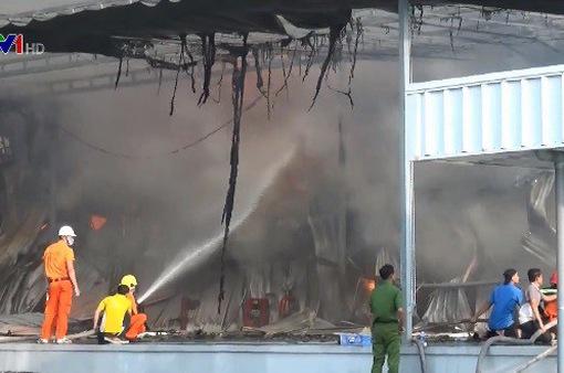 Cháy lớn ở khu công nghiệp Mỹ Phước 2, Bình Dương