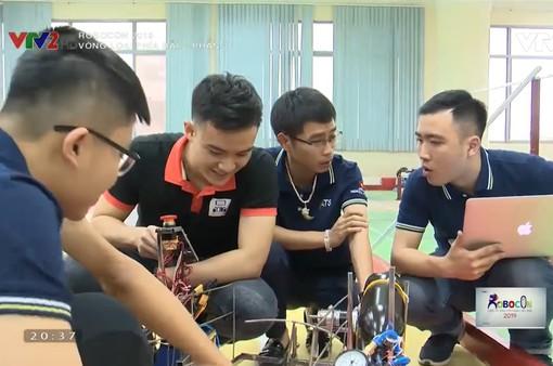 Các sinh viên Bách khoa Hà Nội với niềm đam mê dành cho Robocon