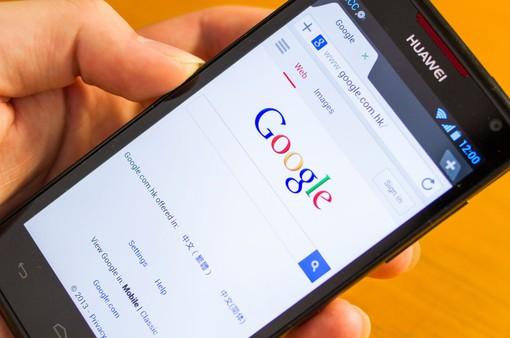Google chặn một số ứng dụng trên điện thoại Huawei, người dùng thiệt hại gì?