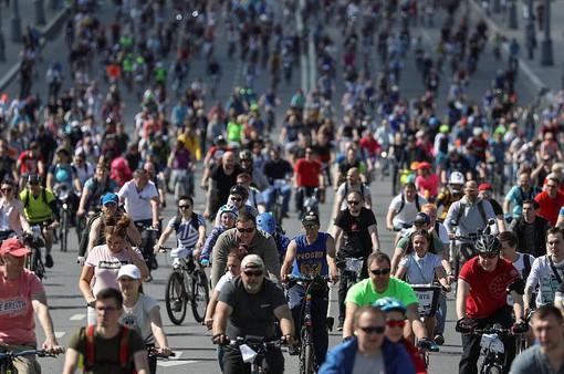 40.000 người đạp xe vòng quanh Moscow, Nga kêu gọi giảm khí thải