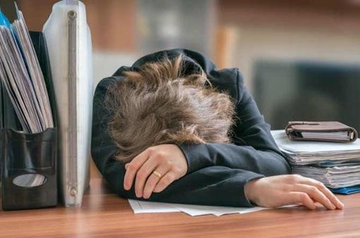 Nguy cơ trầm cảm ở các bà mẹ làm nhiều công việc cùng lúc