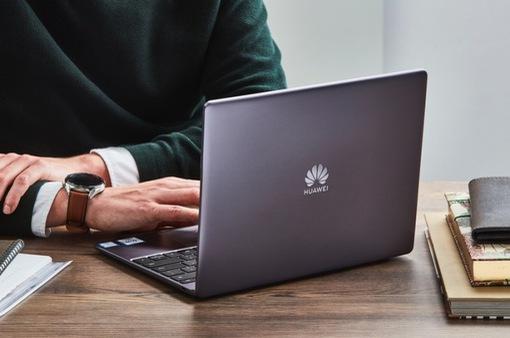 Microsoft dừng bán máy tính xách tay của Huawei