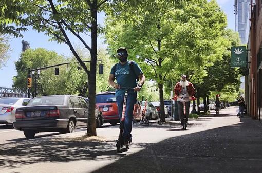 Đức cho phép xe điện scooter lưu thông trên đường