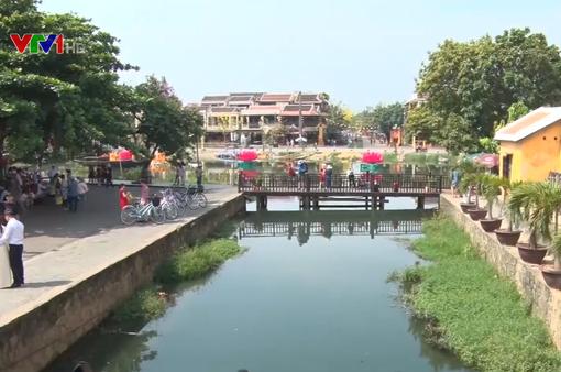 Quảng Nam hạn chế du khách qua chùa Cầu