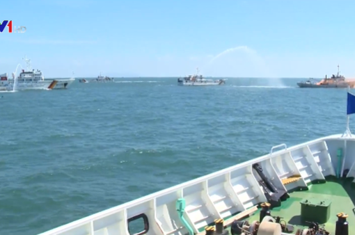 Diễn tập thực thi pháp luật trên biển và hỗ trợ ngư dân