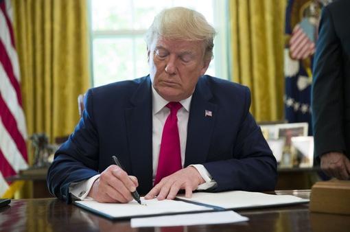 Mỹ leo thang trừng phạt Iran