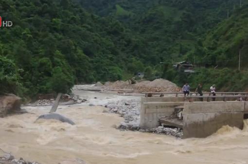 Hơn 300 hộ dân ở Lai Châu bị cô lập vì mưa lũ