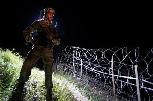 Binh sỹ Ấn Độ bắn chết người Pakistan định vượt biên