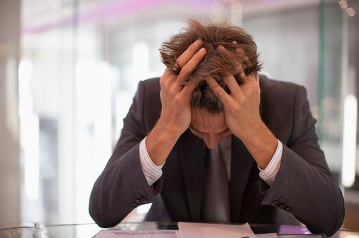 Cứ 10 người có 8 người khóc tại nơi làm việc