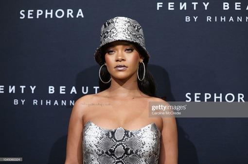 Rihanna vẫn chưa vội vàng ra album vol.9