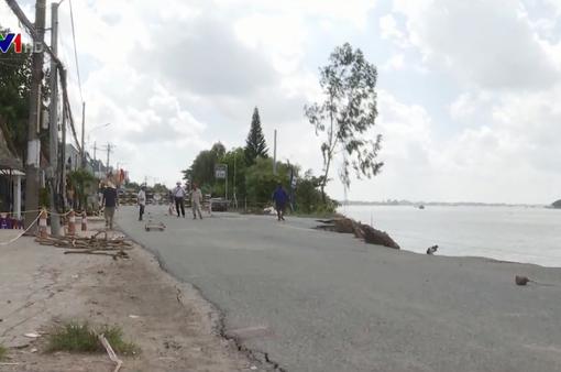 Quốc lộ 91 có nguy cơ tiếp tục sạt lở xuống sông Hậu