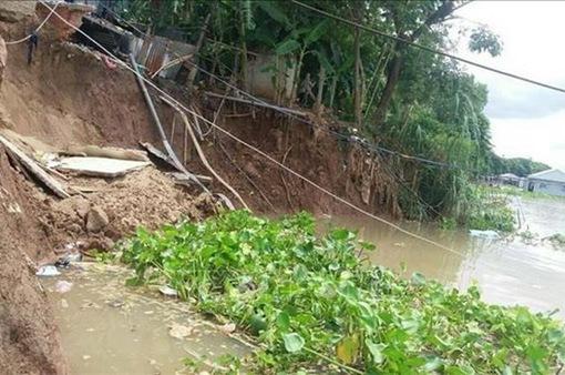 Công bố tình huống khẩn cấp sạt lở bờ sông Hậu đoạn qua xã Châu Phong