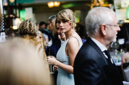 Taylor Swift bỏ 36 triệu Bảng để mua nhà sống cùng bạn trai