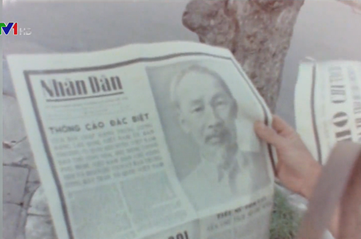 Chủ tịch Hồ Chí Minh sống mãi với dân tộc Việt Nam