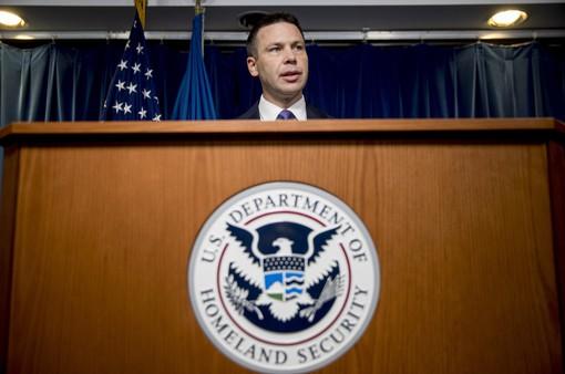 Mỹ quy định tạm giữ trẻ em di cư vô thời hạn