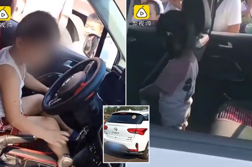 Bé trai 5 tuổi liều lĩnh lái ô tô chở em gái đi tìm bố mẹ