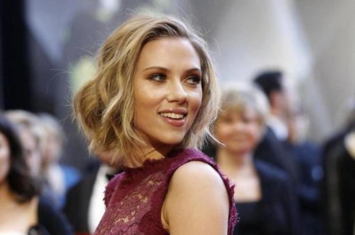 """""""Góa phụ đen"""" Scarlett Johansson nhận thù lao cao nhất thế giới"""