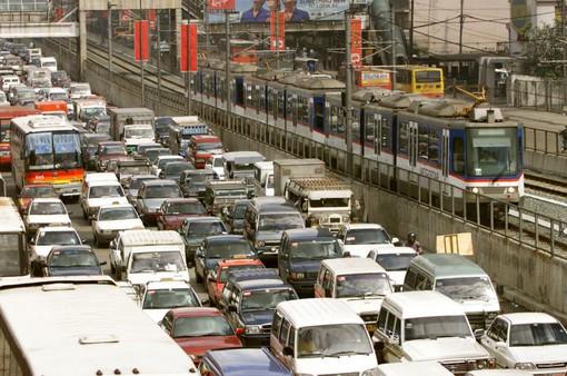 Singapore siết chặt cấp phép phương tiện, tăng lượng camera giám sát