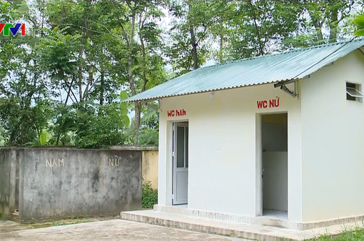 Tỷ lệ nhà vệ sinh trường học đạt chuẩn còn thấp