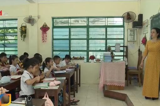 Hà Nội bất ngờ tạm dừng thi, xét tuyển dụng viên chức giáo dục