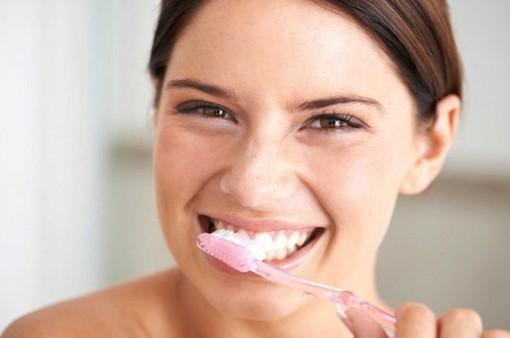 8 cách đánh răng sai lầm ai cũng mắc phải