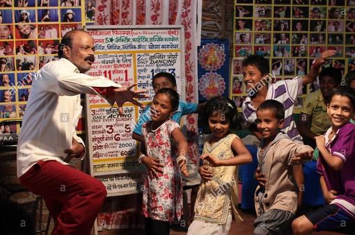 Lớp học ươm mầm giấc mơ Bollywood cho người nghèo ở Ấn Độ