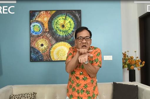 Gia đình 4.0: Cất bằng tiến sĩ để livestream bán hàng, anh Sáng nổi như cồn trên mạng