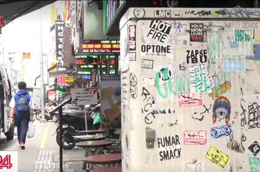 Vấn nạn viết, vẽ bậy trên đường phố trung tâm TP.HCM